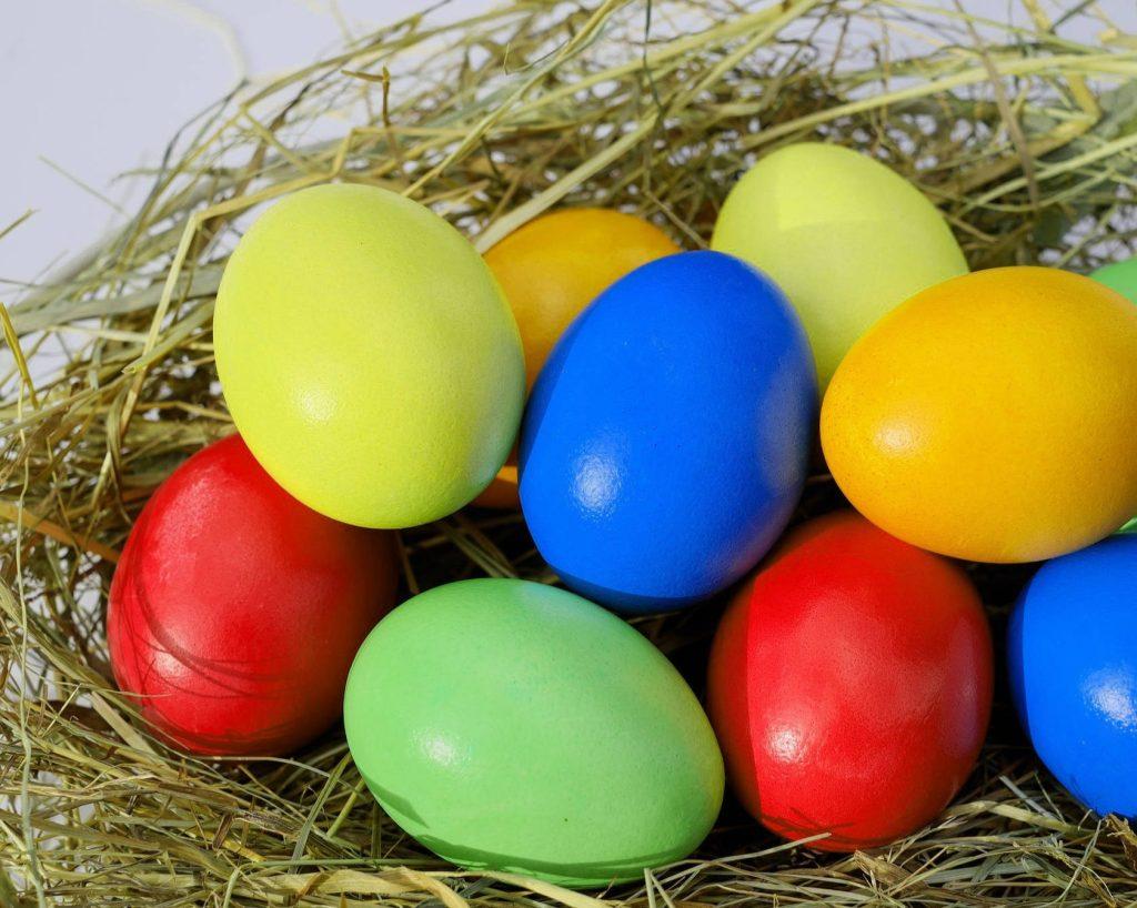 Uova di Pasqua per anteprima post consegne a domicilio Pasqua 2020
