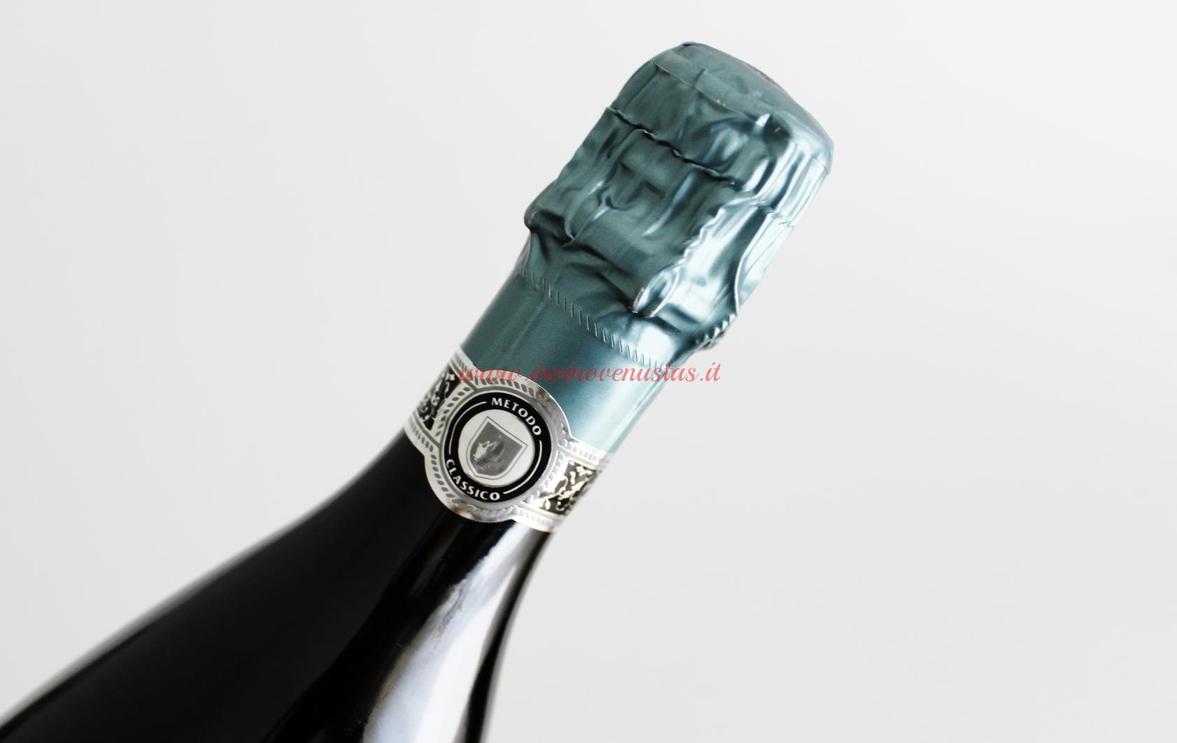 Dettaglio bottiglia Il Mattaglio Metodo Classico Cantina della Volta