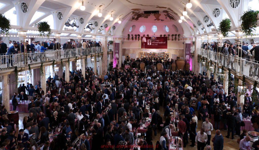 Interno sala principale Kurhaus Merano Wine Festival 2019
