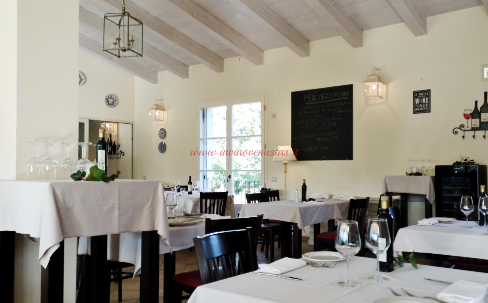 Menù degustazione settimanale lavagna sala Osteria Borgo Condé
