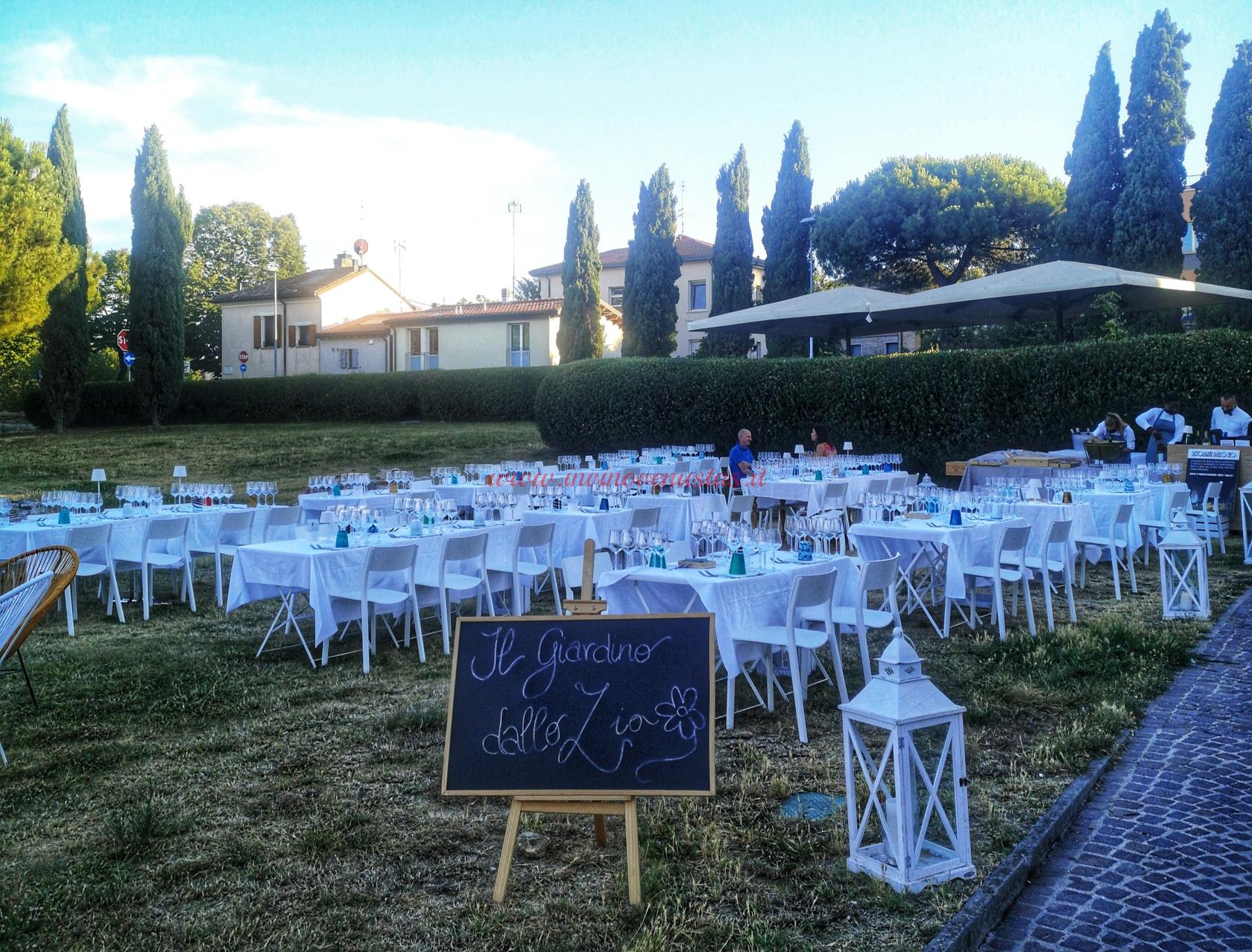 Spazio esterno Ristorante dallo zio Rimini estate 2021